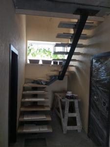 Монокосоурная лестница