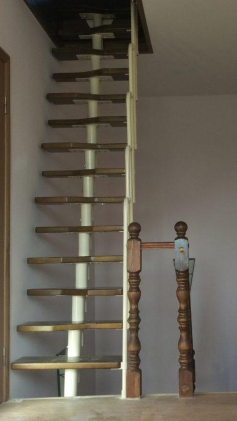 "Компактые лестницы ""Гусиный шаг"""