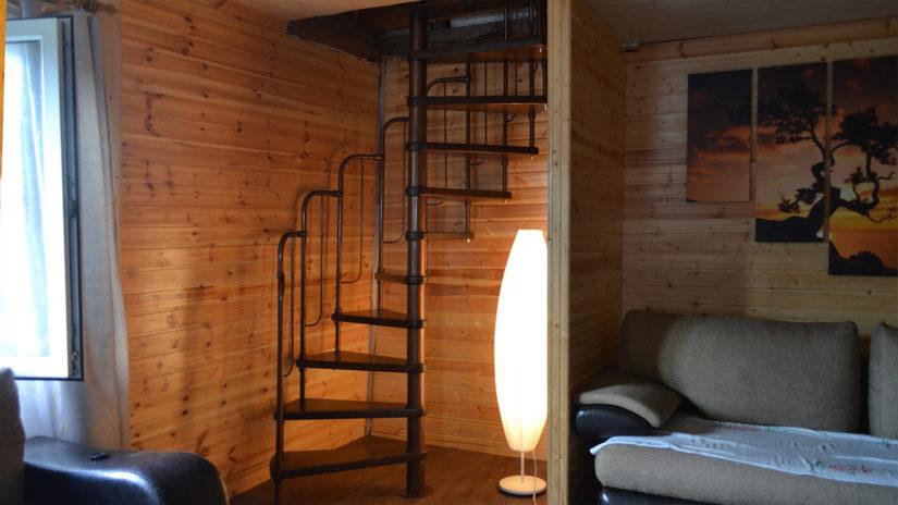 Недорогие винтовые лестницы - Афина